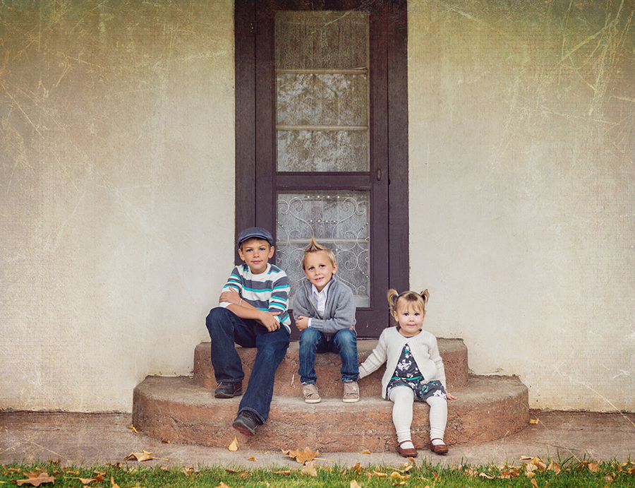 Crazy Family Love :: Bend, Oregon Family Photographer