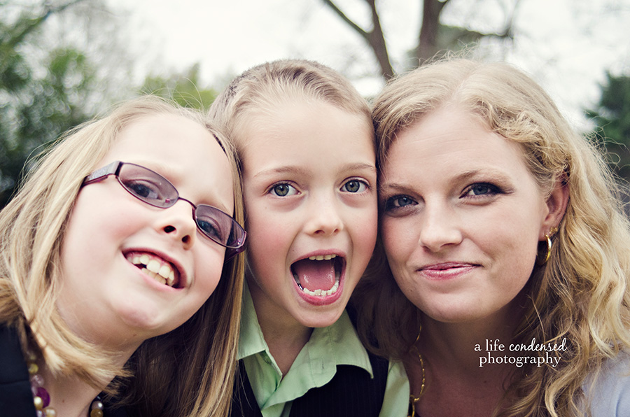 A Mom and Her Kids :: Huntsville, Alabama Family Photographer