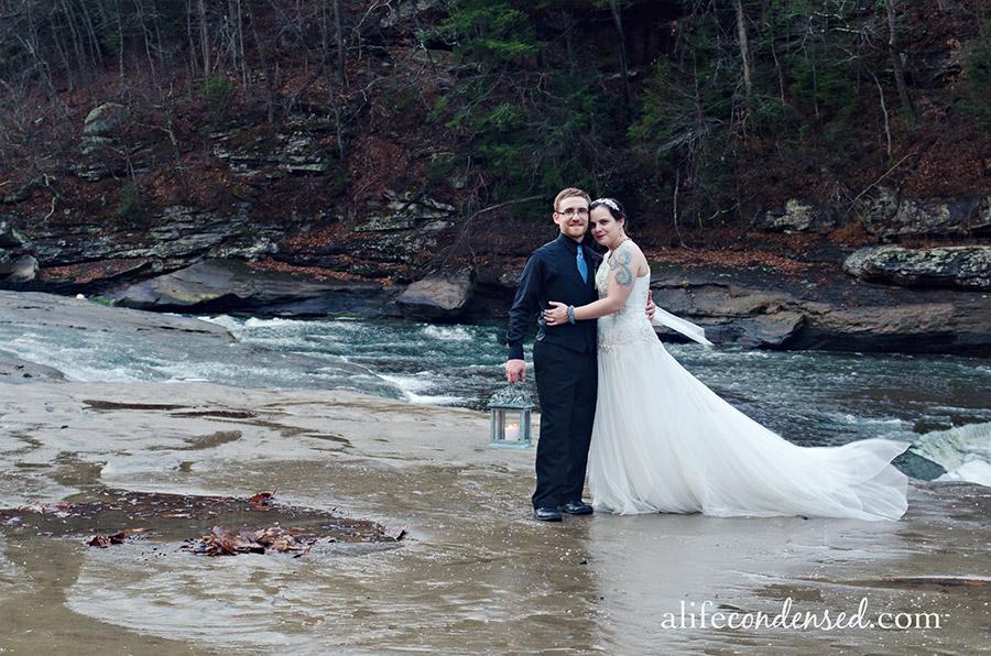 Rain On Your Wedding Day :: Cumberland Falls Kentucky Destination Wedding Photographer