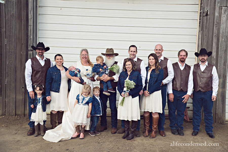 More Love Spread Around :: Vow Renewal Photographer
