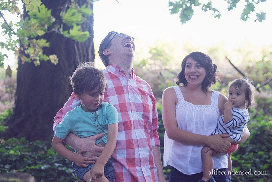 Winning Family of Awesomeness :: Forest Grove, Oregon Family Photographer