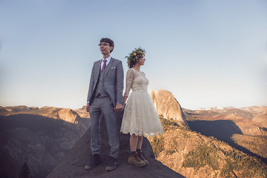 Love in Yosemite :: Destination Wedding Photographer